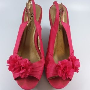 Chinese Laundry Pink Floral Wedges